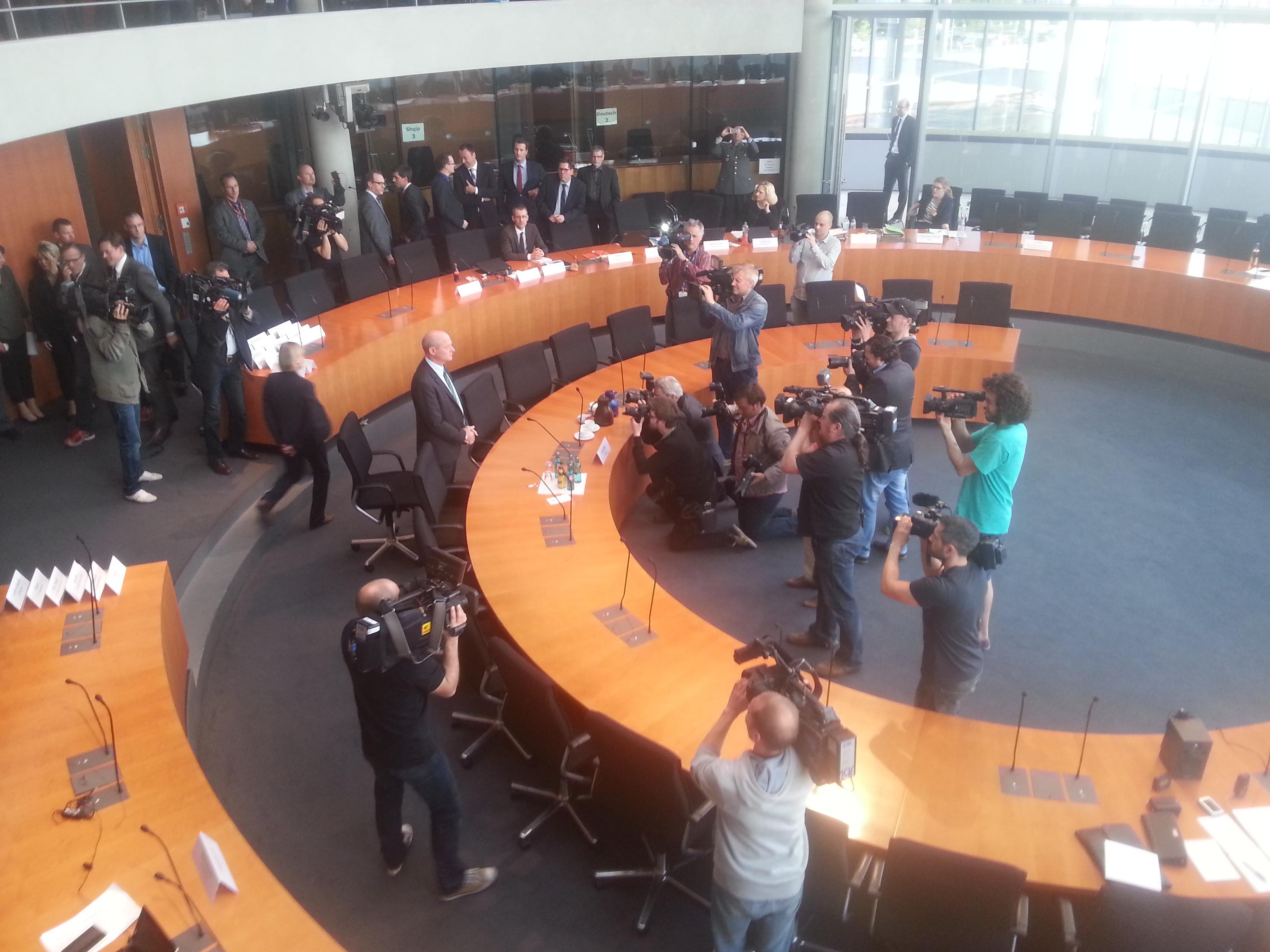 BND-Präsident Schindler vor dem Ausschuss.