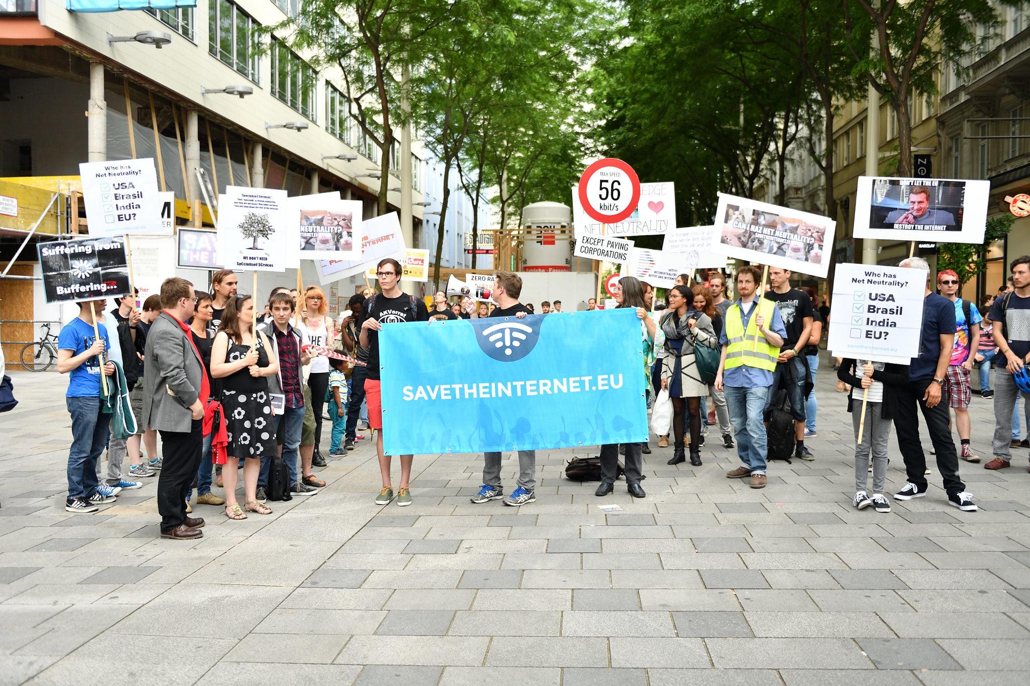 Demo Freitag Wien Detail: EU-Leitlinien Zur Netzneutralität: The Good, The Bad And
