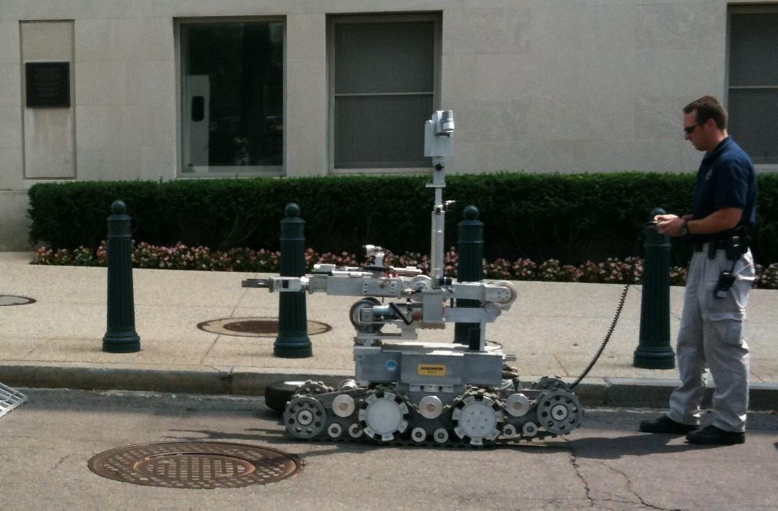 Ein Roboter eines ähnlichen Typs wurde in Dallas mit dem Sprengsatz versehen. Foto: CC-BY 2.0   Jay Tamboli