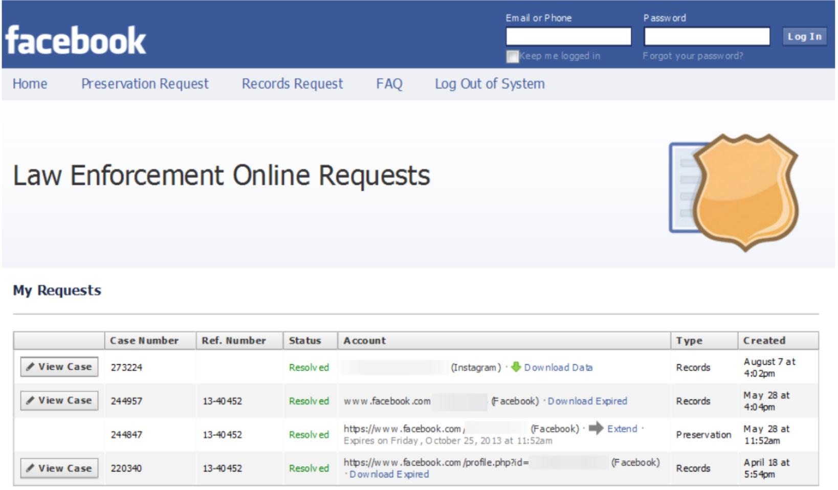 Strafverfolger können ihre Fälle in einer Liste gebündelt bearbeiten. Screenshot aus dem Portal von Facebook.