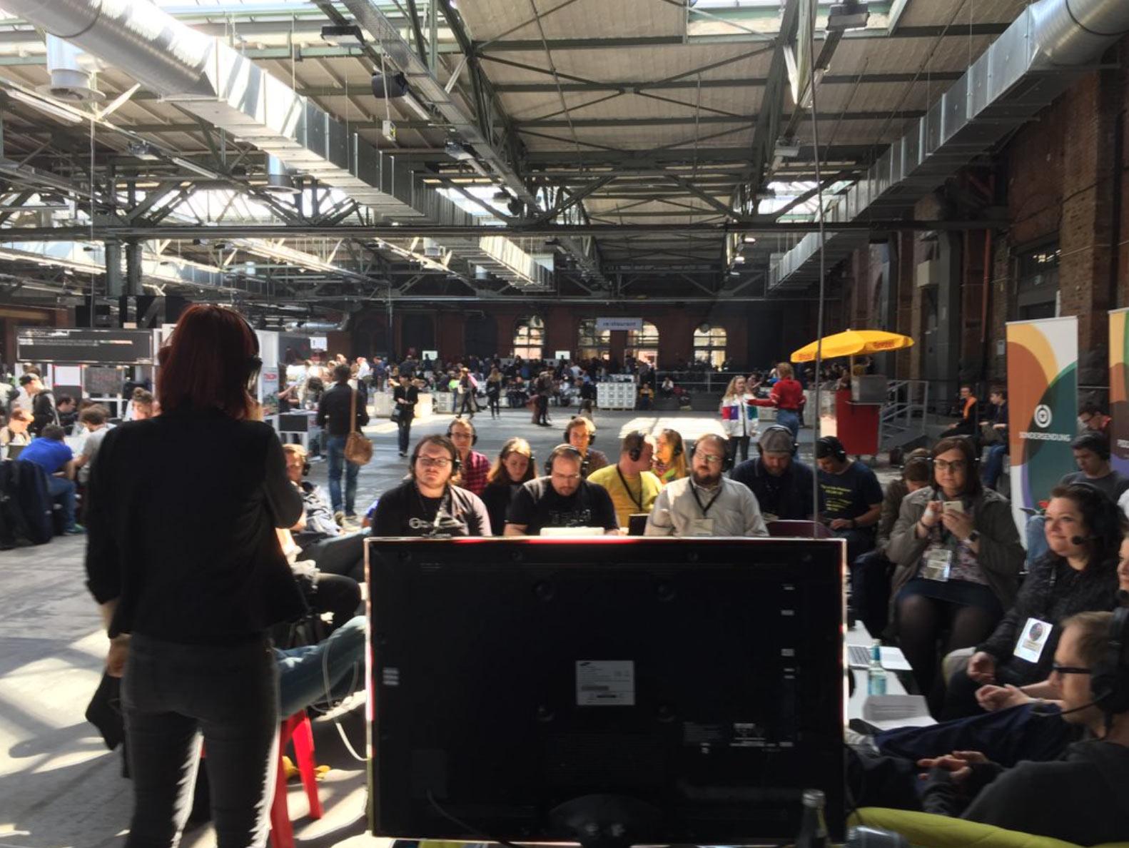 Die Community will den Zugang zu Podcasts erleichtern. Veranstaltung der @PodcastpatInnen auf der re:publica 2016. Foto: Heiko Linke