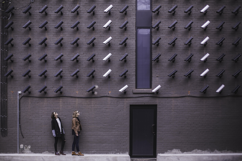 """Videoüberwachung - in Zukunft """"intelligent""""? - Matthew Wiebe"""