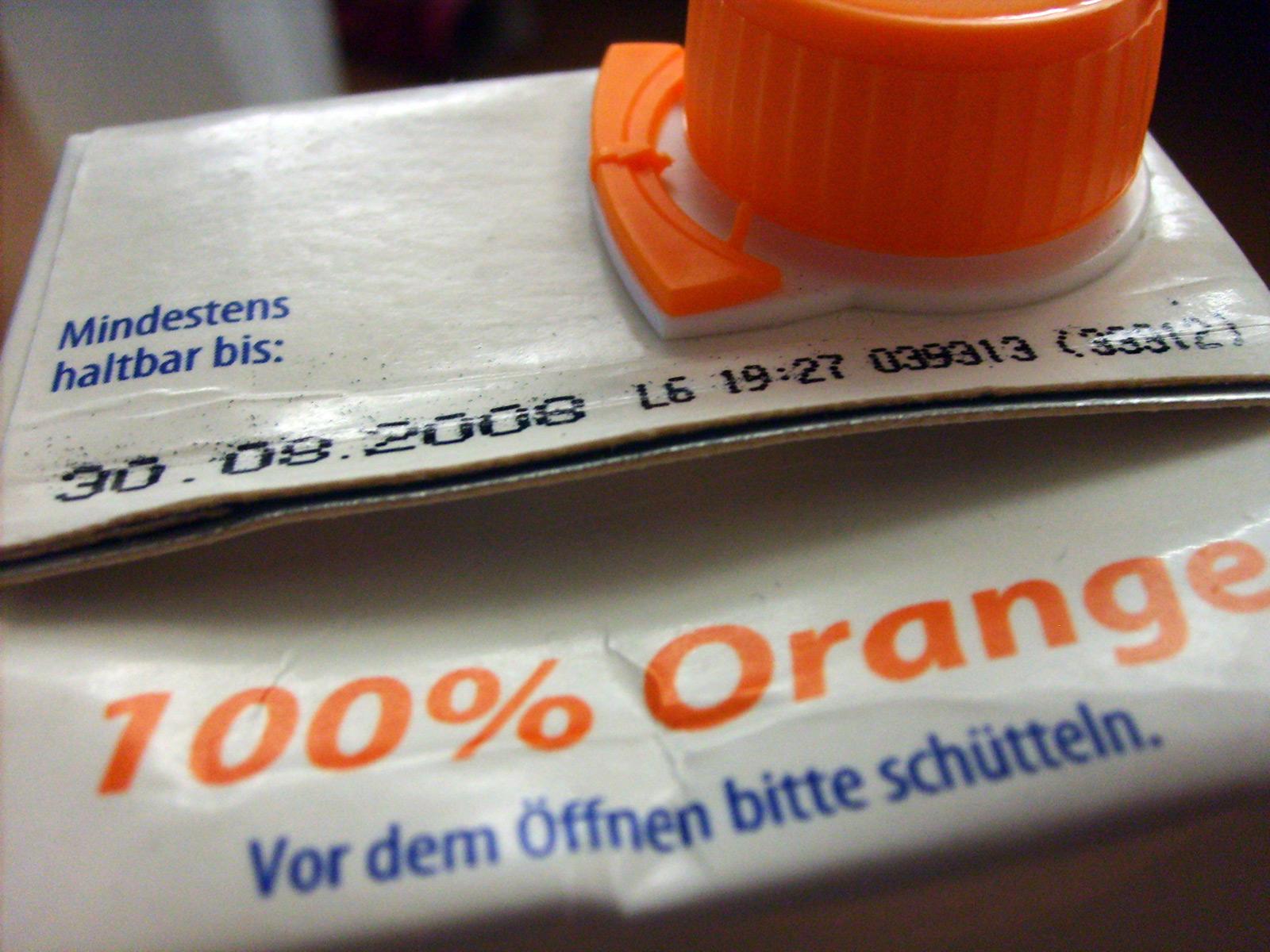 Nicht nur Orangensaft hat ein Haltbarkeitsdatum, nun wohl auch journalistische Artikel. (Symbolbild)