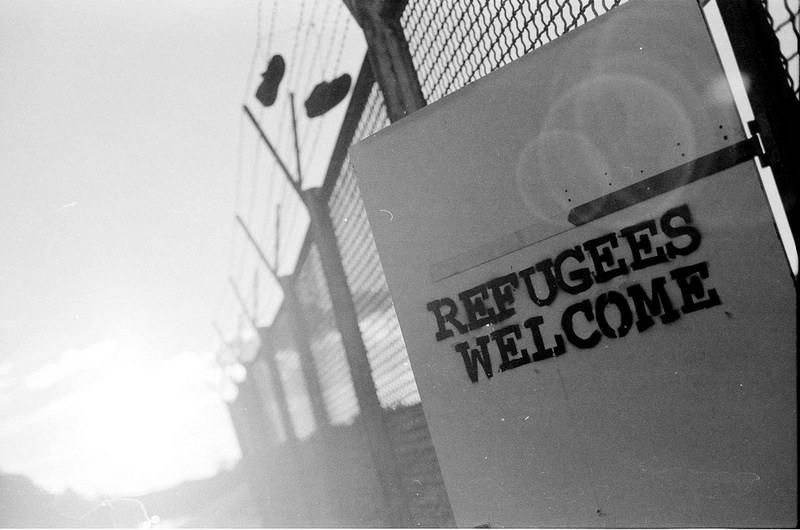 fence refugees