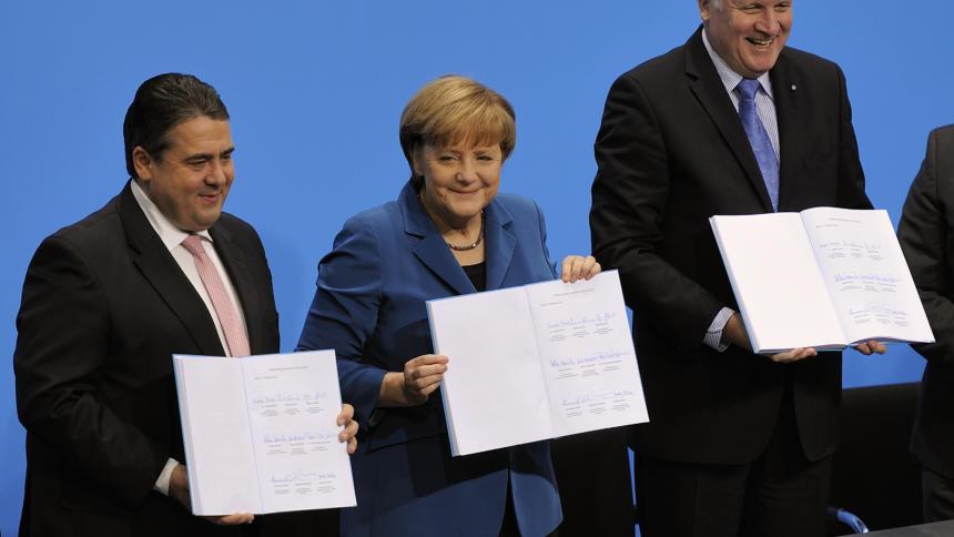 Im Koalitionsvertrag haben sich die Parteien auf die Evaluation geeinigt.