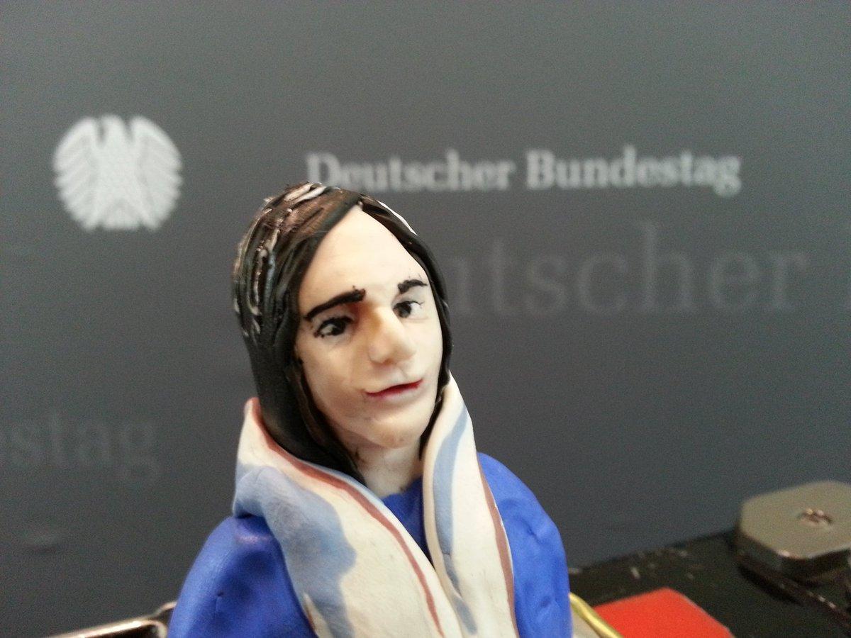 Zeugin Löwnau, heute geknetet von Stella Schiffczyk.