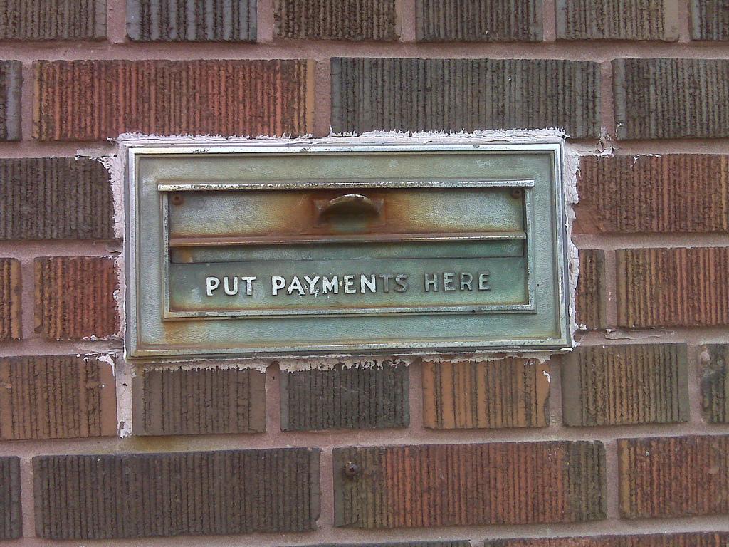 payment, unauffaellig