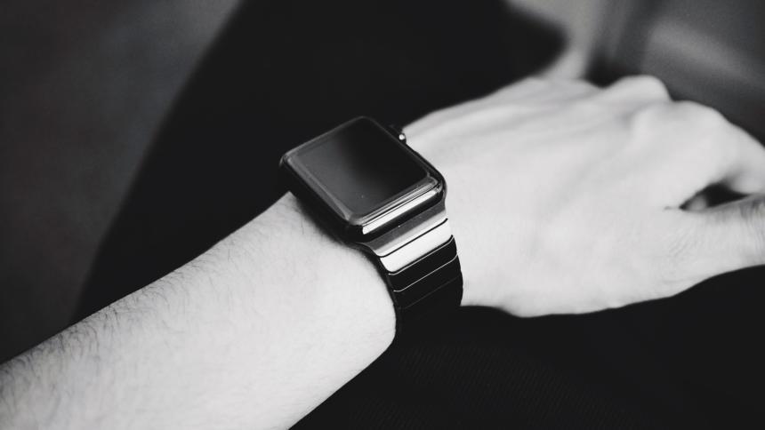 Aus datenschutzrechtlicher Perspektive bedenklich: Smart Watches und Wearables.