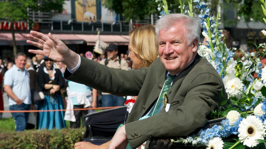 Bildergebnis für Wikimedia Commons Bilder Bayerns Ministerpräsident Horst Seehofer