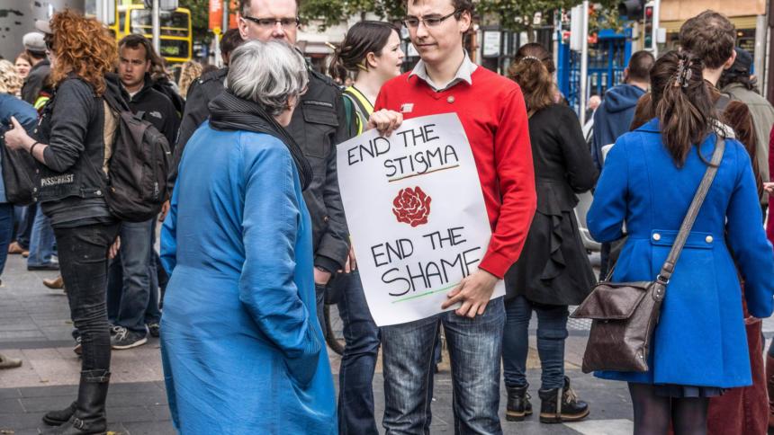 Werbung Für Oder Gegen Abtreibung: Im Internet Nicht So Leicht Zu Erkennen  Wie Bei Dieser Pro Choice Demonstration 2012. CC BY SA 2.0 William Murphy