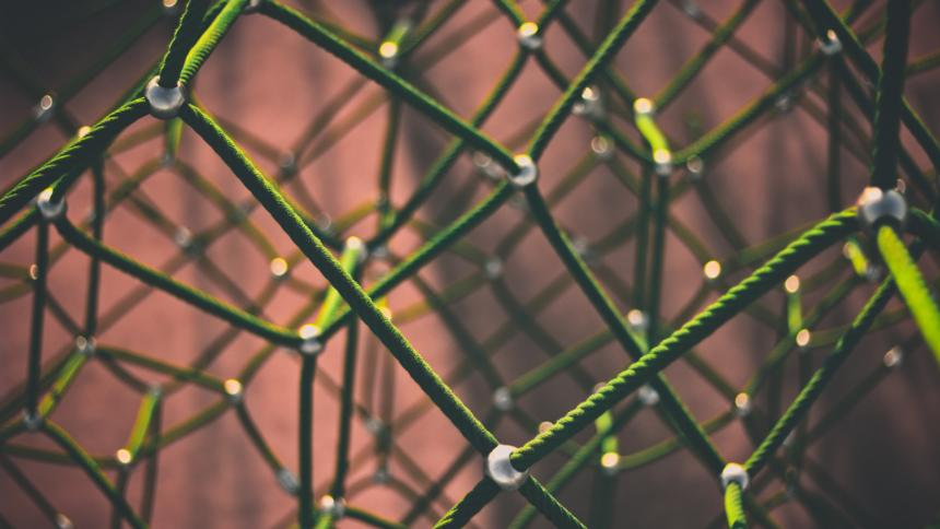 Netzwerk aus Knoten und Kanten