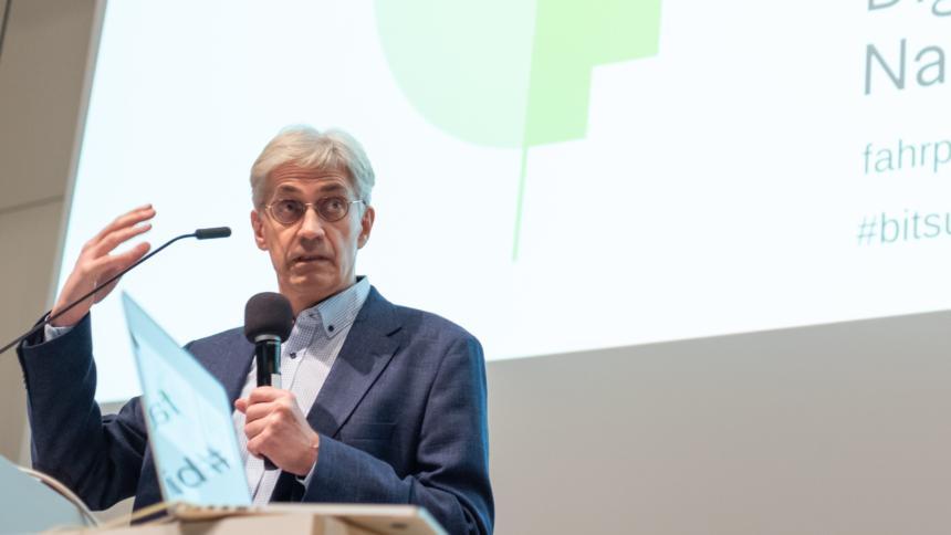 """Lorenz Hilty auf der """"Bits & Bäume""""-Konferenz"""