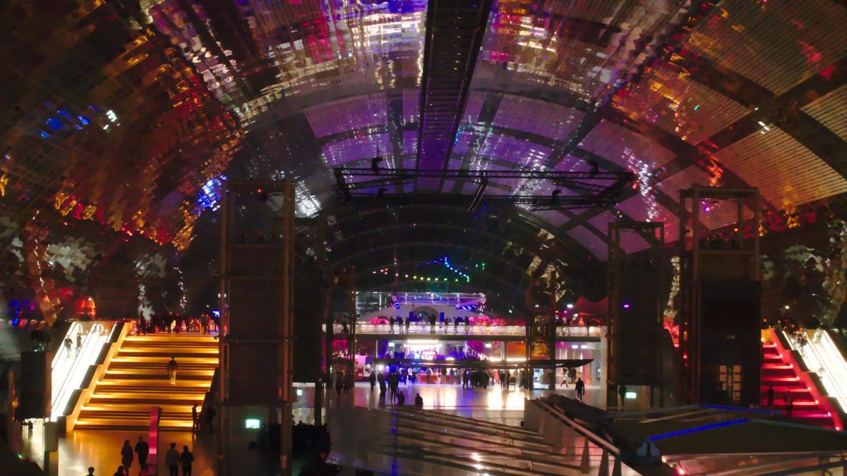 Haupthalle des Messegeländes Leipzig zum 35c3