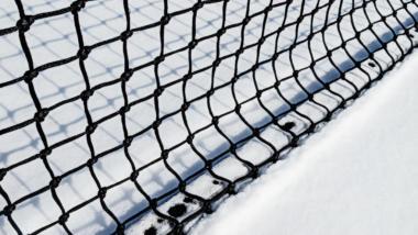Netz im Schnee