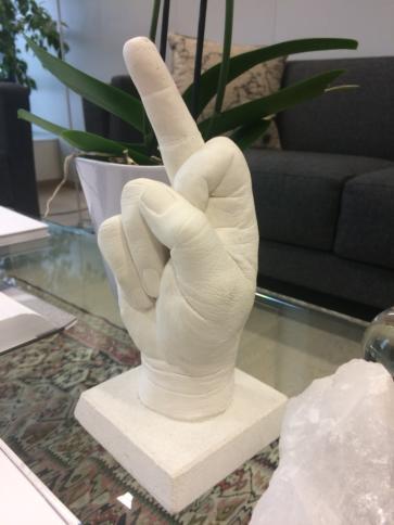 "Vestagers ""Fuck you""-Finger"