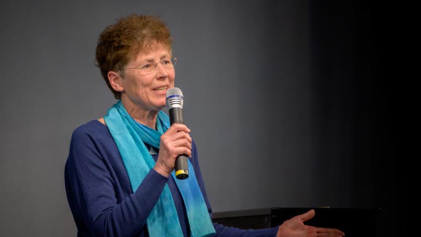 Kristina Hänel bei einer Preisverleihung der Heinrich-Böll-Stiftung.