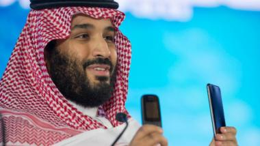 Mohammed bin Salman with phones
