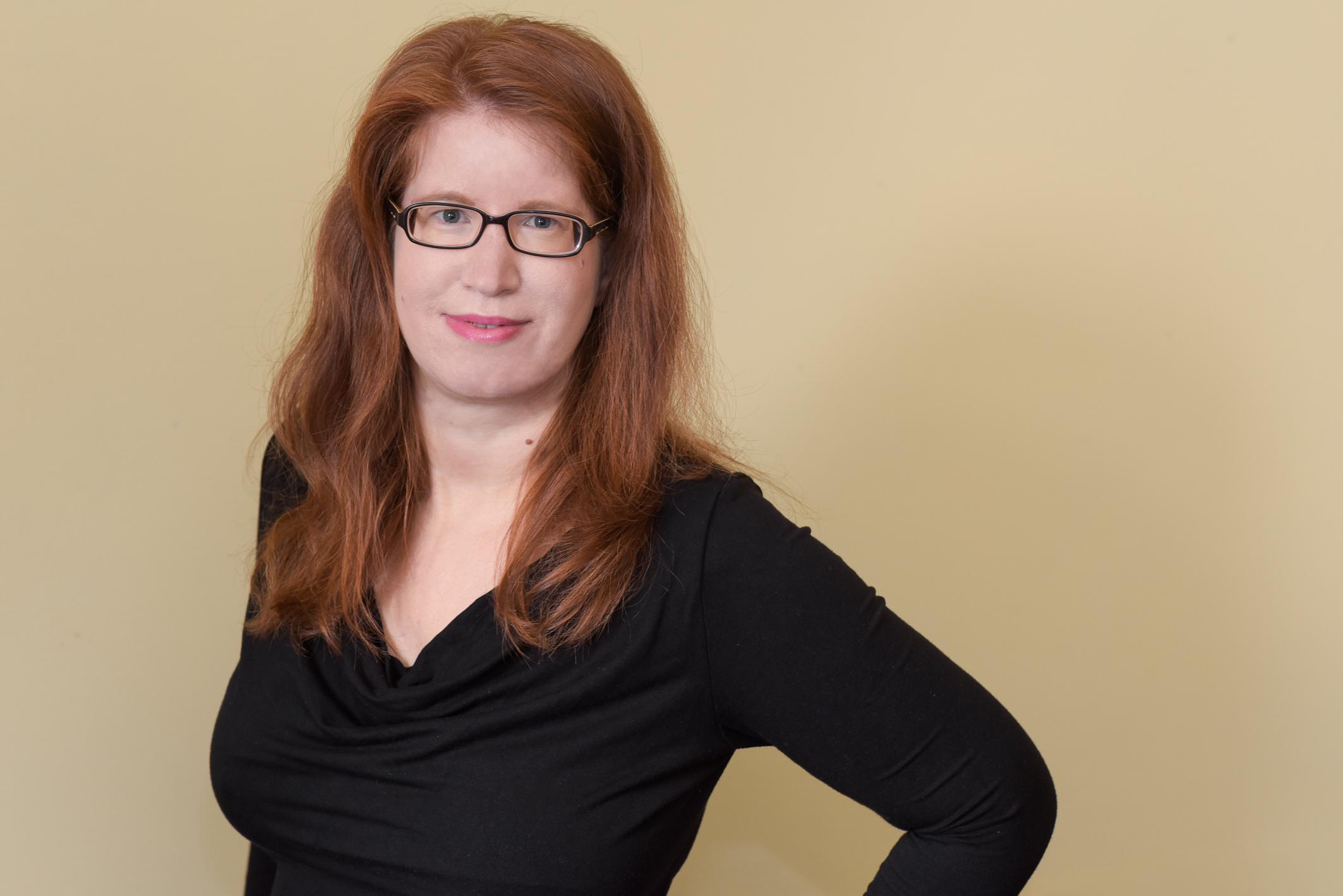 Ein Portraitfoto von Barbara Wimmer