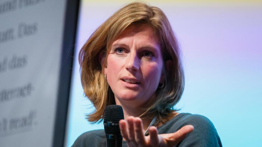 Nachhaltigkeitsforscherin Maja Göpel bei der re:publica