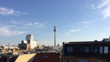 Himmel über dem Berliner Fernsehturm