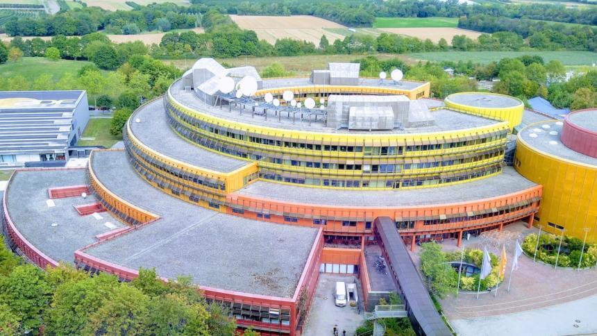 Foto des ZDF Sendezentrums am Lerchenberg in Mainz