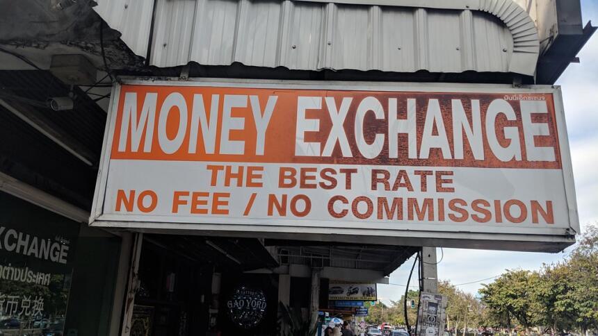 Geldtransfers laufen rund um die Welt
