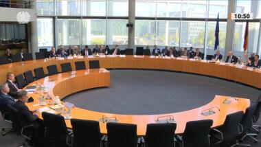 Europasaal im Bundestag bei der PKGr-Anhörung