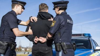 Festnahme durch bayrische Polizei