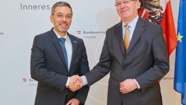 Der ehemalige deutsche Geheimdienstkoordinator Klaus-Dieter Fritsche soll das BVT reformieren.