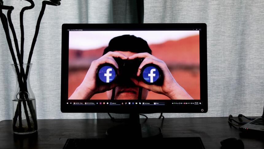 Überwacht bei facebook?
