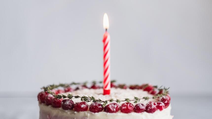 Torte mit Kerze