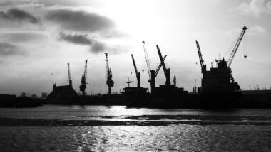 Kräne im Hafen