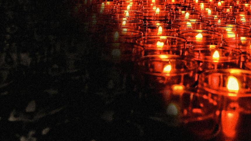 Mit der Trauer über die Opfer ist auch Kampf über die Deutungshoheit über die Tat entbrannt. (Symbolbild)