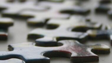 Puzzleteile in Nahaufnahme.