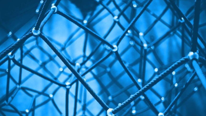 Netz aus Seilen