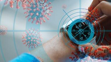Smartwatch mit Coronaviren im Hintergrund