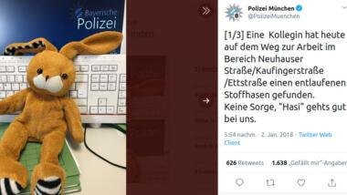 Tweet der Polizei München mit Foto vom Kuscheltier-Hasen