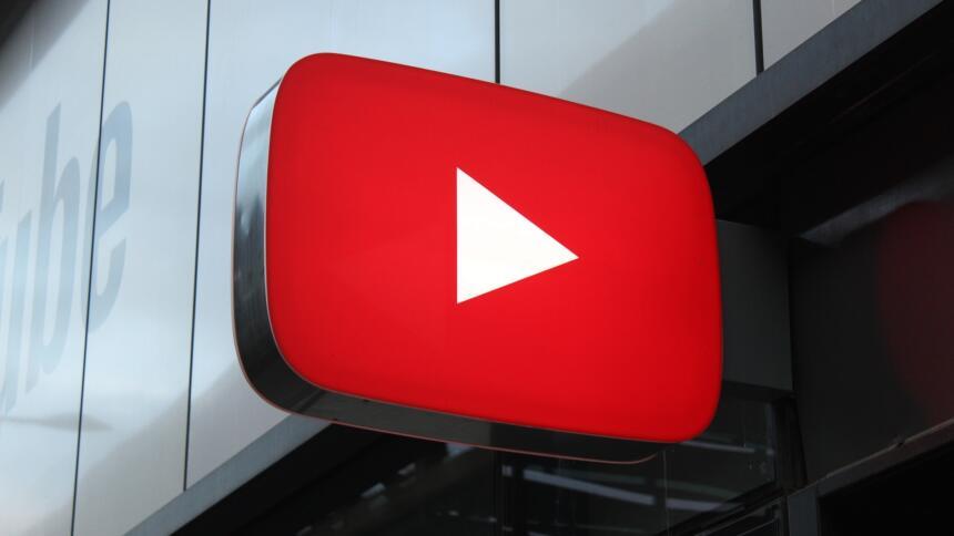 Youtube-Logo als Leuchtschild