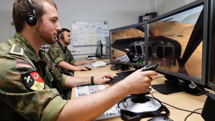 Soldaten vor Bildschirm