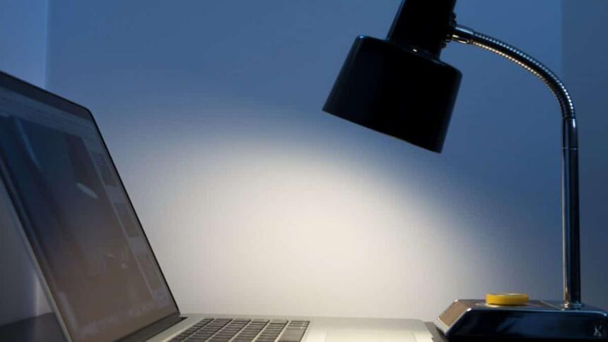 computer, beleuchtet
