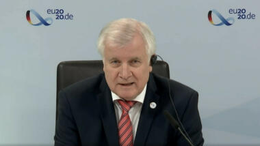 Horst Seehofer bei der Pressekonferenz