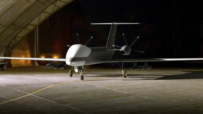 """Erstmals zeigt das Verteidigungsministerium die anvisierte """"Eurodrohne"""" mit Raketen. Weder die Bewaffnung, noch die Serienproduktion des unbemannten Luftfahrzeugs ist aber entschieden."""