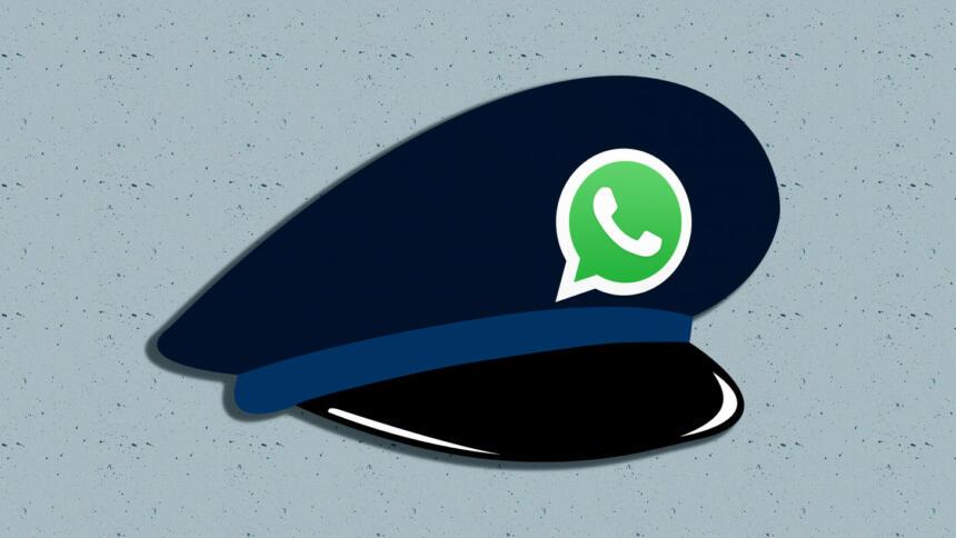 Polizei-Hut mit WatsApp-Logo