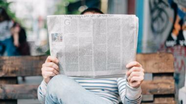 Mit Zeitungen gegen Desinformation
