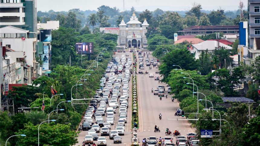 Straße in Vientiane, Hauptstadt von Laos