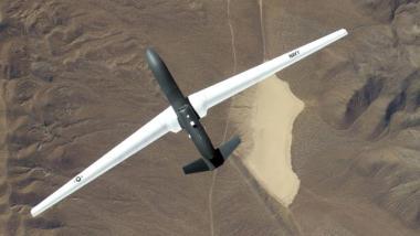 """Die nach Recherchen der Washington Post in mindestens fünf Fällen abgestürzte Drohne """"Global Hawk"""" soll im nächsten Jahrzehnt auch bei der Bundeswehr fliegen."""