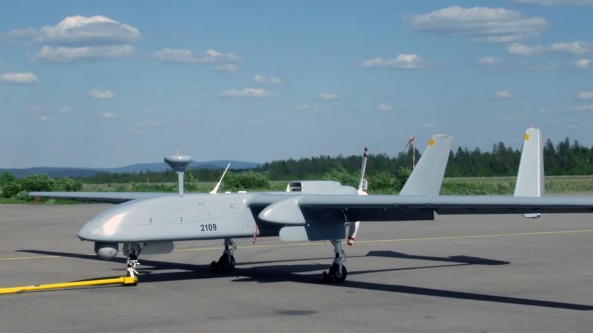 """Die von der Bundeswehr in Afghanistan eingesetzte Drohne in ihrer früheren Version """"Heron 1""""."""