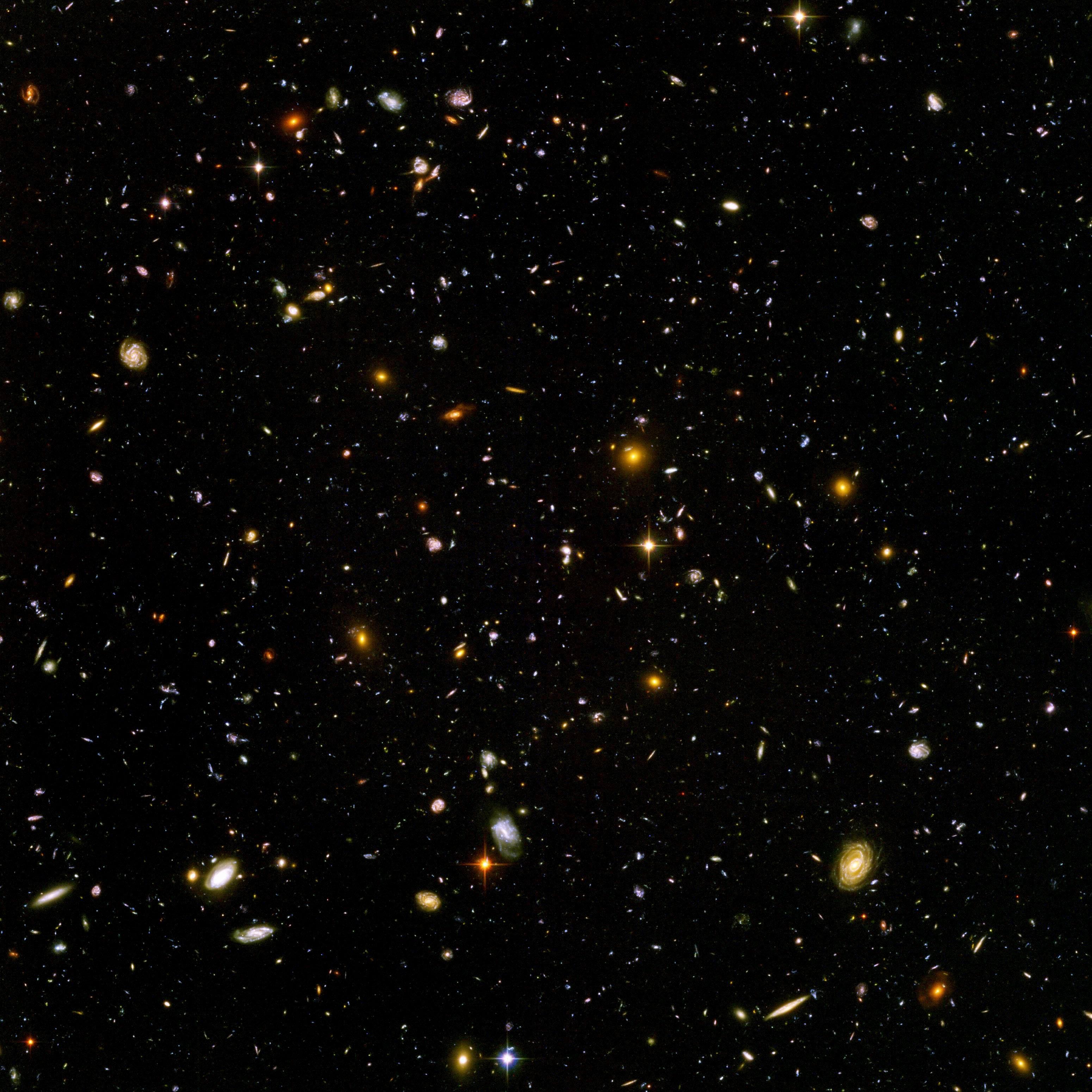 Hubble-Weltraum