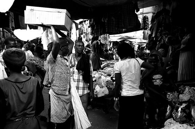 Vor allem in Kampala wird in Videoüberwachungsanlagen investiert  CC BY 2.0 by  Jake Stimpson