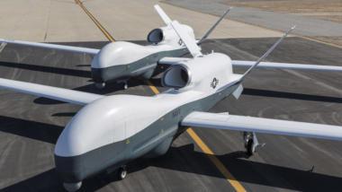"""Das könnte die neue HALE-Spionagedrohne der Bundeswehr werden: Das US-Fabrikat """"Triton"""". (Bild: US Navy)"""